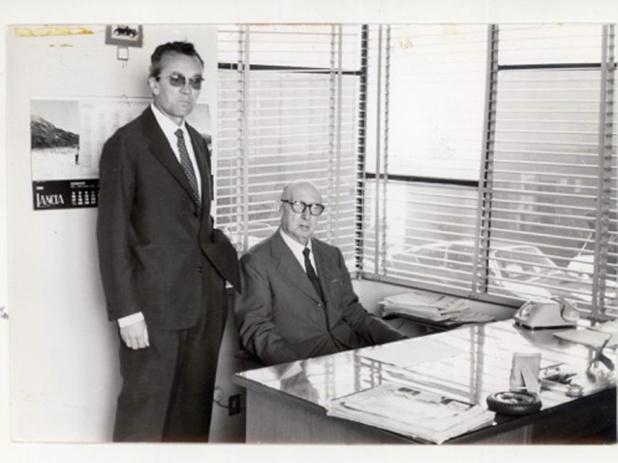 ミラン郊外のザガート社訪問で創設者ウーゴ・ザガートと後継者エミリオ・ザガートに会えたのは幸運。しかし、トレーシィ・ボンドのザガート・[スパイダー]の謎は解けず。(KY)