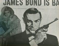 私の在英時期1964年封切のショーン・コネリー・ボンド第2作、『ロシアより愛をこめて』の看板でした。この作品にはカーアクションはありません。