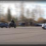 勝負は一瞬でついた!? スーパーカー2台とバイクが加速対決【動画】 - ss_bike_and_supercars01
