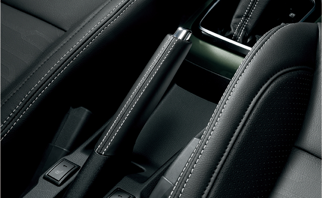 「スズキ・イグニスにSUVテイストを強めた特別仕様車「Fリミテッド」が登場」の7枚目の画像