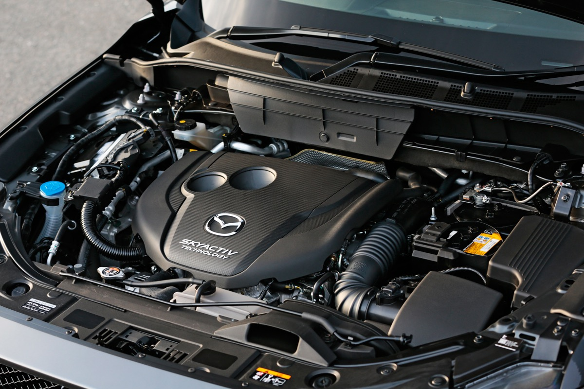 「新型CX-5のディーゼルエンジンは、静粛性と応答性向上で走りも深化」の1枚目の画像