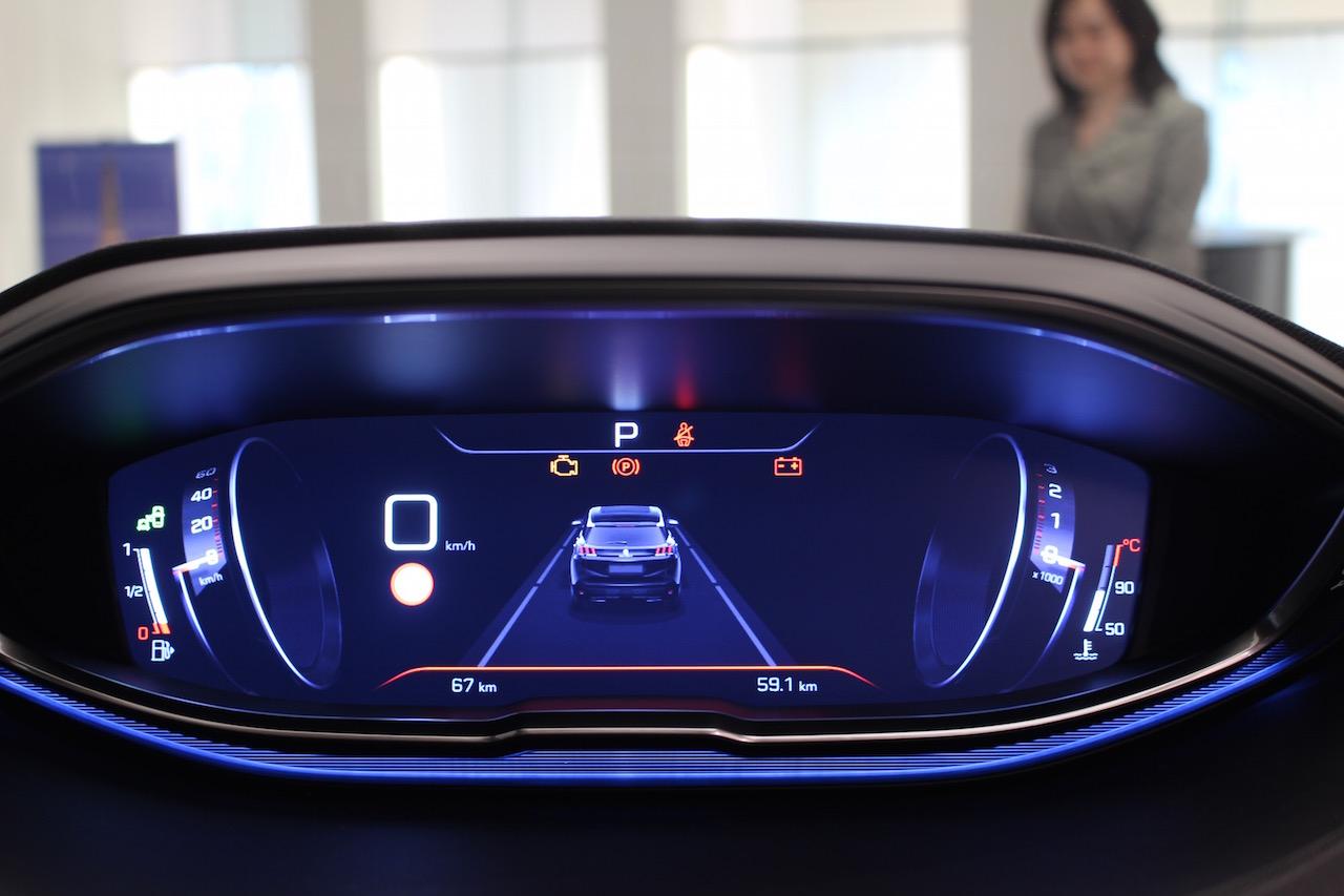 「【新型プジョー3008】VWティグアンがライバルのCセグメント派生SUVが公開」の9枚目の画像
