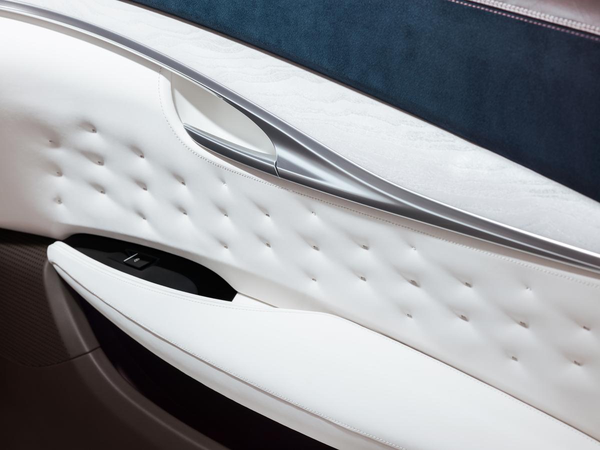 「インフィニティ「QX50コンセプト」を初披露!! 自動運転技術と量産型可変圧縮比エンジン「VCターボ」を搭載」の3枚目の画像