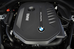 P90237201_highRes_the-new-bmw-5-series-2