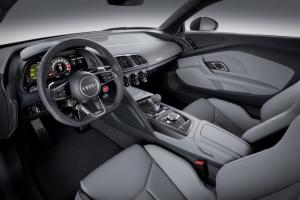 smaii_r8_coupe_v10_plus_interior-1024x682