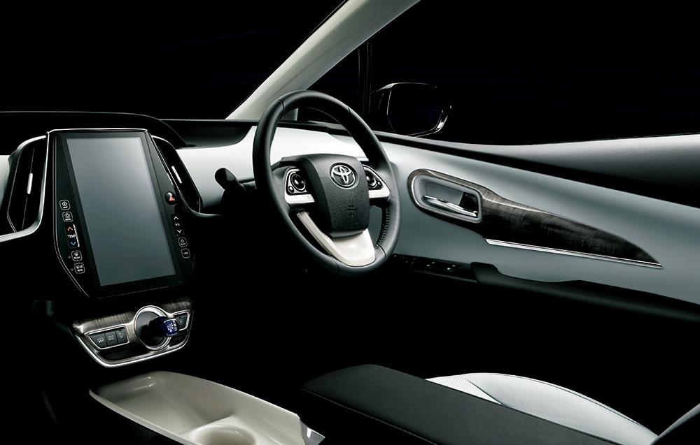 「「スポーツカー並の迫力」が楽しめる新型プリウスPHVのモデリスタバージョン」の7枚目の画像