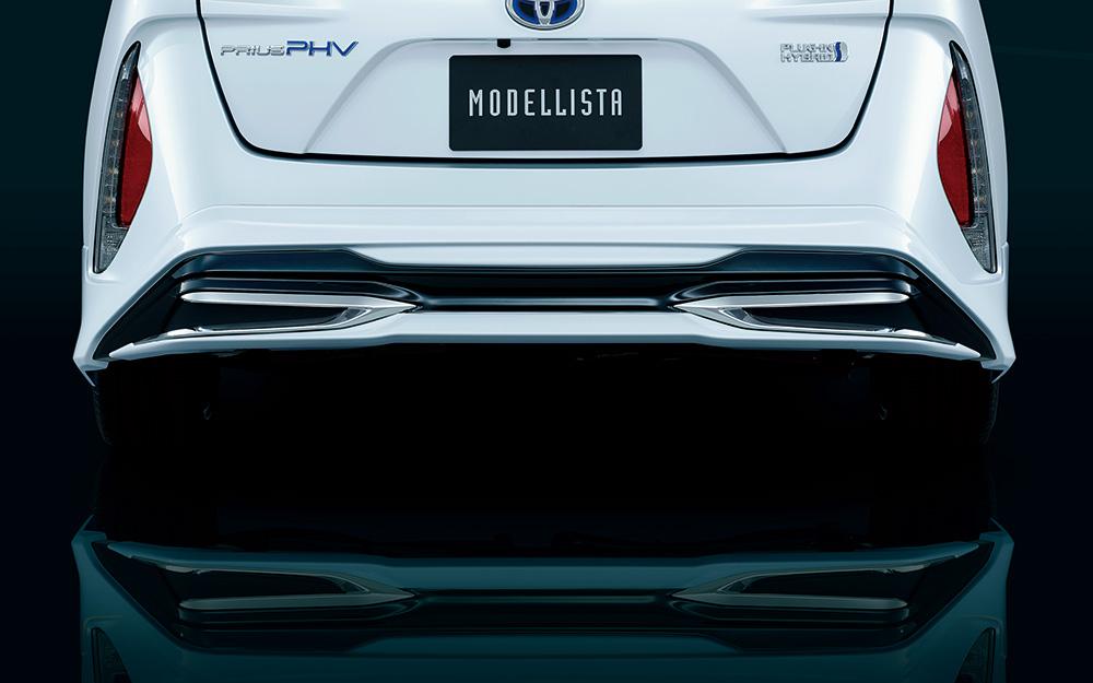 「「スポーツカー並の迫力」が楽しめる新型プリウスPHVのモデリスタバージョン」の17枚目の画像