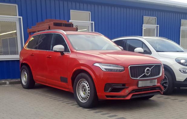 volvo-xc90-long-mule-6
