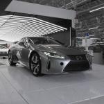 「製品から作品へ」1日に48台と少量生産が行われるレクサスLC500、LC500hのファイナルアッセンブリーラインは他のトヨタ車とどう違う? - MOR_4264