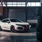 新型シビック・タイプR、生産国のイギリスでの価格が発表。日本円にしておよそ450万円から。 - 2017 Honda Civic Type R