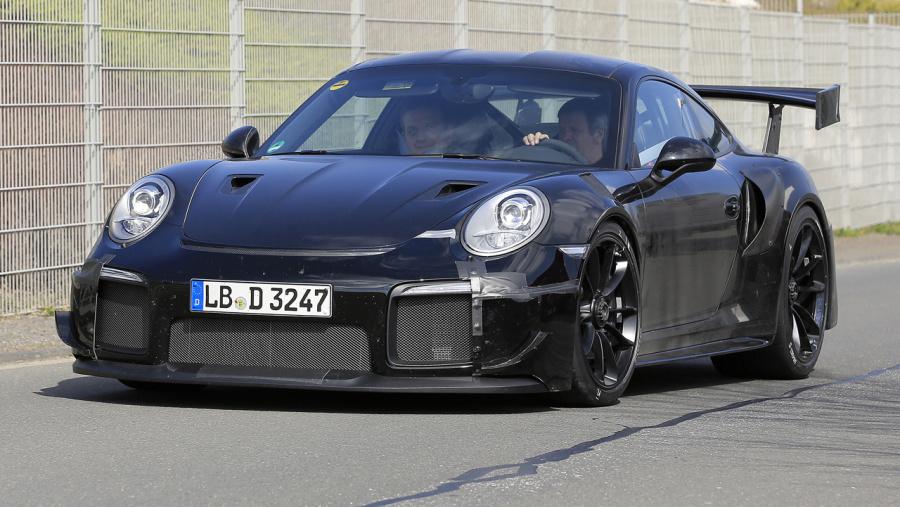これが完成形 ポルシェ 911の最強モデル gt2 rs プロトタイプ