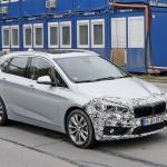 「天使の目」鮮やかに。BMW 225xeアクティブ ツアラー改良型をキャッチ! - BMW 2 Active Tourer Facelift 3
