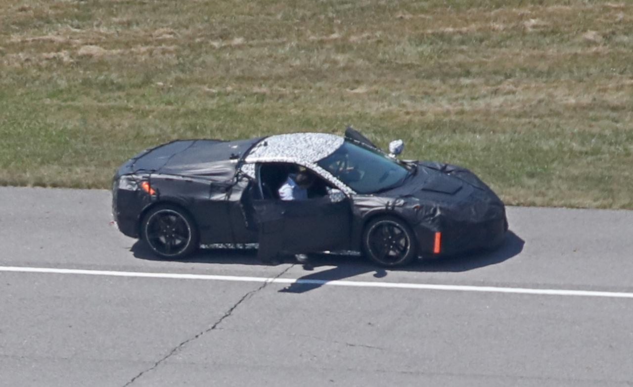 シボレー・コルベット史上、最大の進化!次世代「c8」に搭載される3種のパワートレインとは? | Corvette