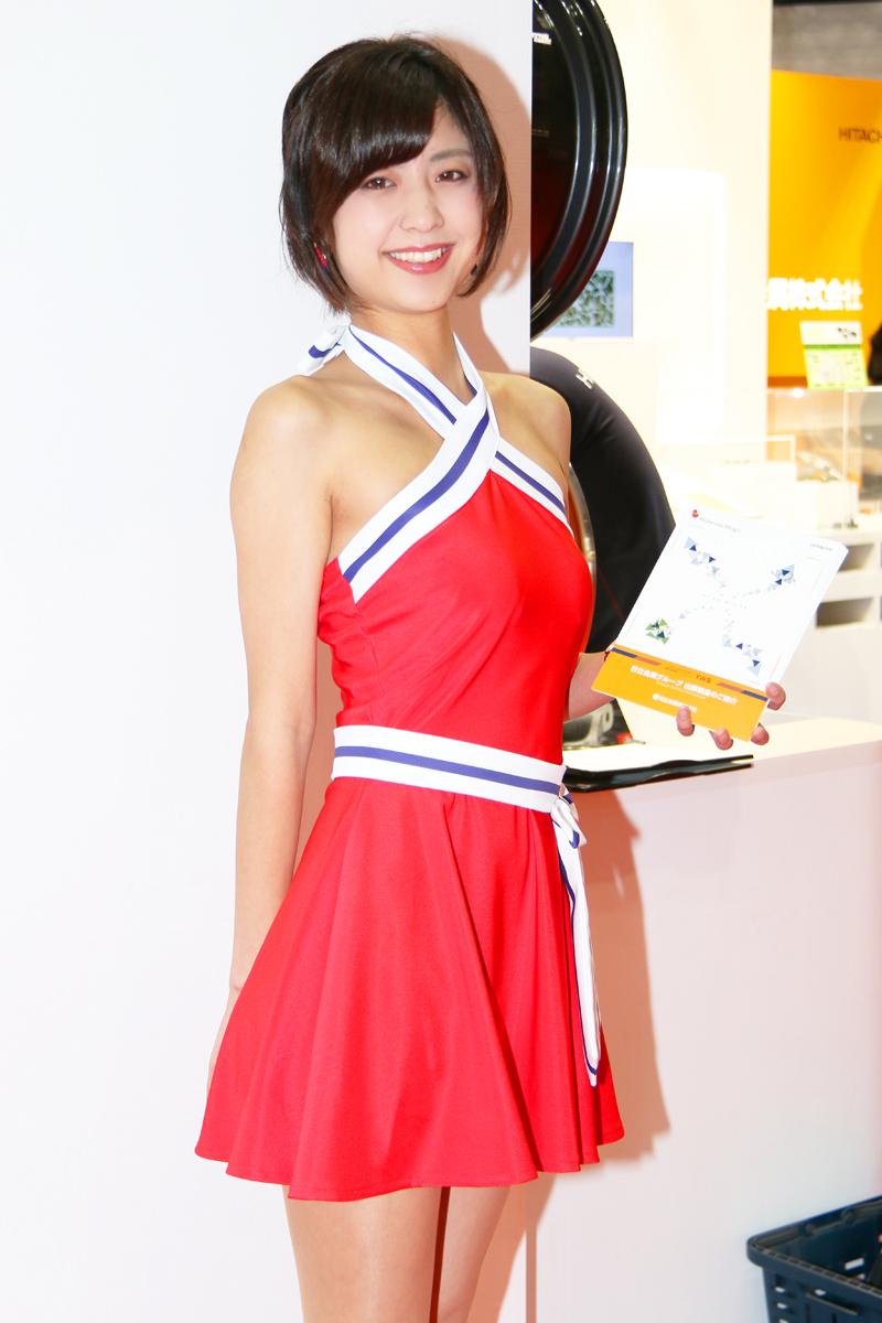 「【東京モーターショー2017】女性目線のコンパニオンファッションチェック・その1」の19枚目の画像