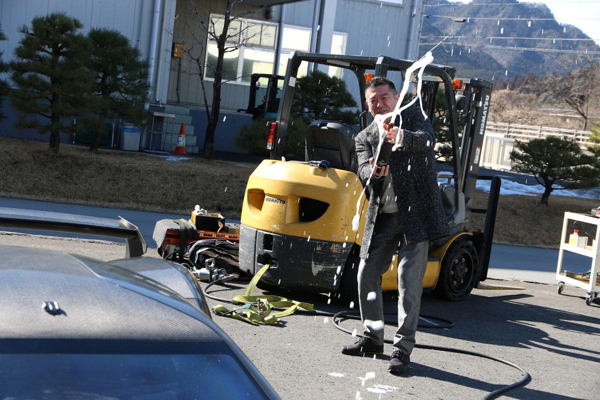「0-100km/hを1秒921!市販予定の日本発ウルトラEVが大記録を達成。気になる予想価格は?」の1枚目の画像