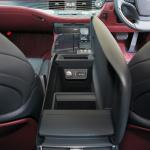 【新型レクサス・LS試乗】最新のテクノロジーと日本の伝統美を融合させた新型LSのインテリア - 007