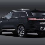 ブガッティも参入か!? スーパーカーSUV時代到来の予感 - 2020-bugatti-suv-2