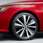 【ニューヨーク国際自動車ショー2018】新型・日産 アルティマ(日本名ティアナ)が世界デビュー - 2019-Nissan-Altima-Photo-09-1200x800
