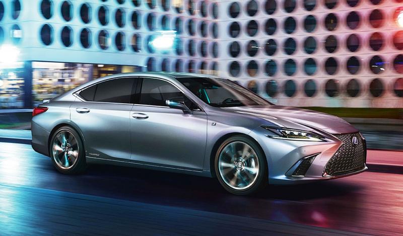 新型「レクサス Es」がワールドプレミア! 新プラットフォーム採用し、今秋日本で発売【北京モーターショー2018