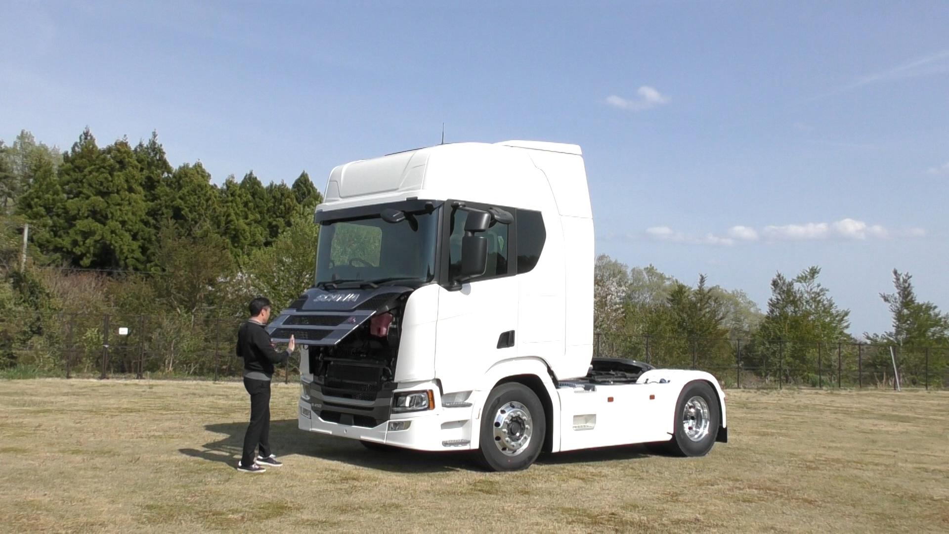 「大型トラックは運転席を丸ごと前倒しできるって知ってました?【新型スカニア・R450】」の5枚目の画像