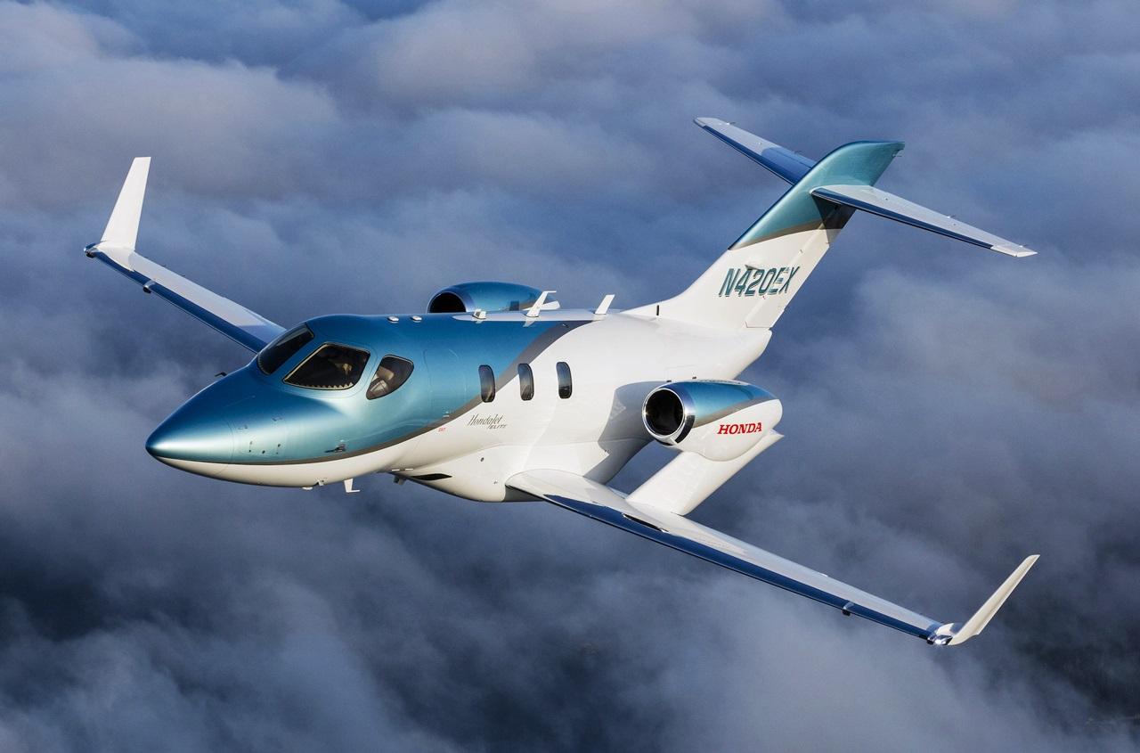 「ホンダが小型ビジネスジェット機「ホンダ ジェット」の国内販売を開始。最新型の「ホンダ ジェット エリート」を導入」の1枚目の画像
