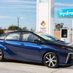 「経済産業省がFCV(燃料電池車)普及に向けて「セルフ式」水素ステーションを解禁へ」の1枚目の画像ギャラリーへのリンク