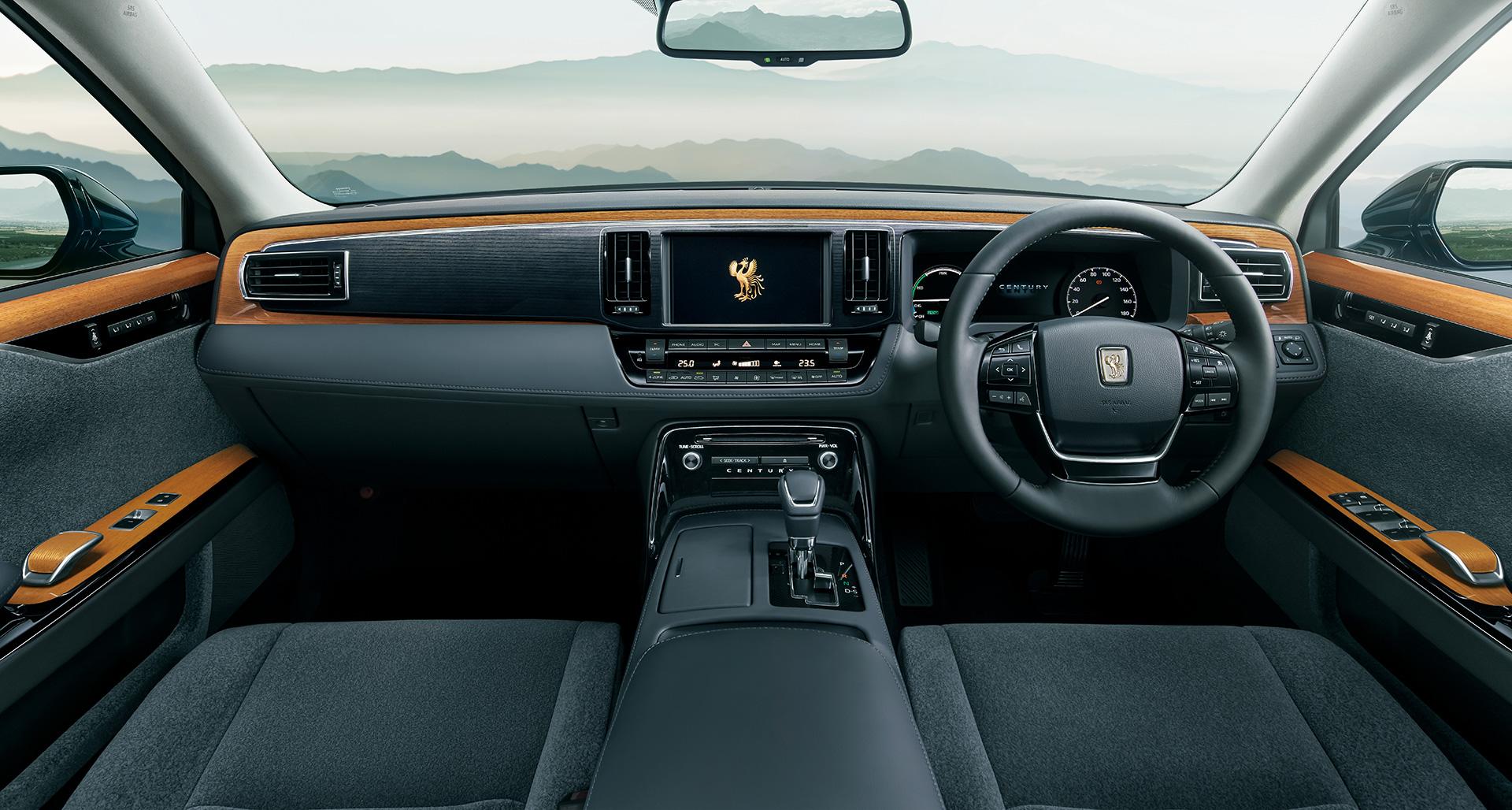「【新車】新型トヨタ・センチュリーの快適性と「折り上げ天井様式」を採用した天井に注目」の13枚目の画像