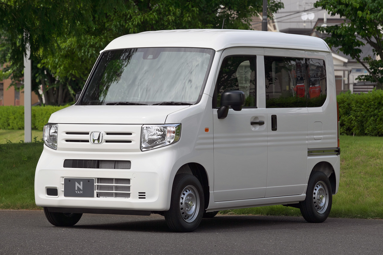 【新車速報】ホンダ「N-VAN」のマニュアルミッションはS660譲りの6速 「ホンダセンシング」は全車標準装備 ...