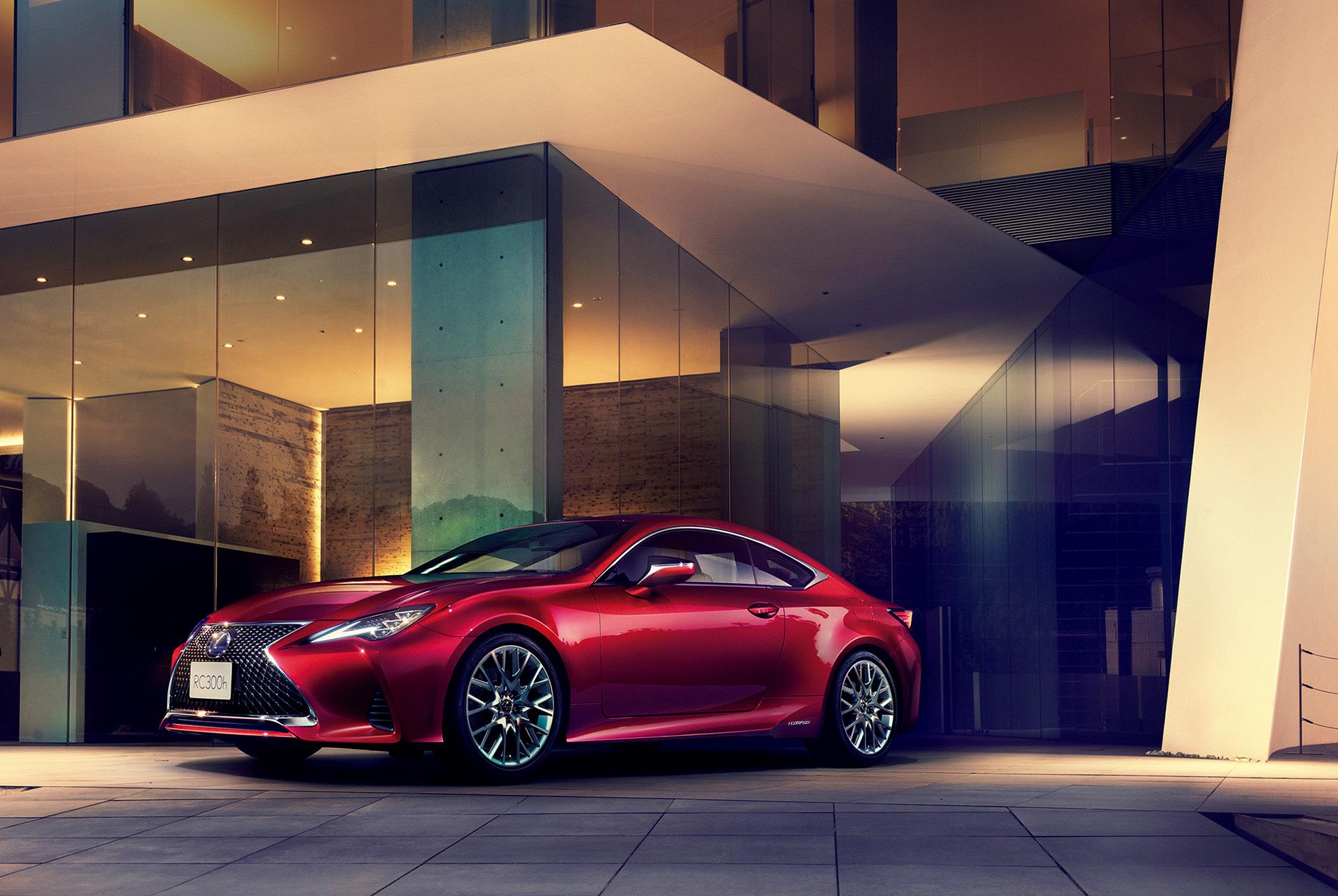 「【新車】レクサスRCがマイナーチェンジ。LC譲りのエレガントな外観と高い走行性能を獲得」の11枚目の画像