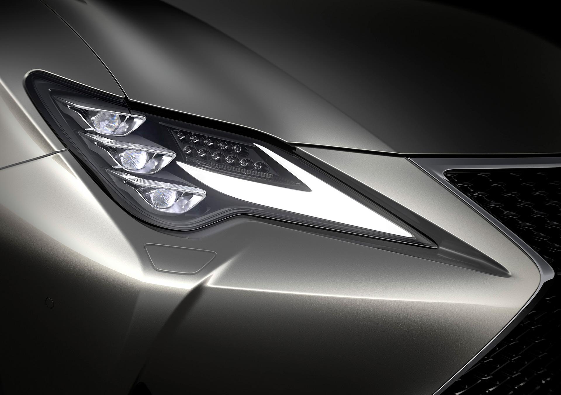 「【新車】レクサスRCがマイナーチェンジ。LC譲りのエレガントな外観と高い走行性能を獲得」の3枚目の画像