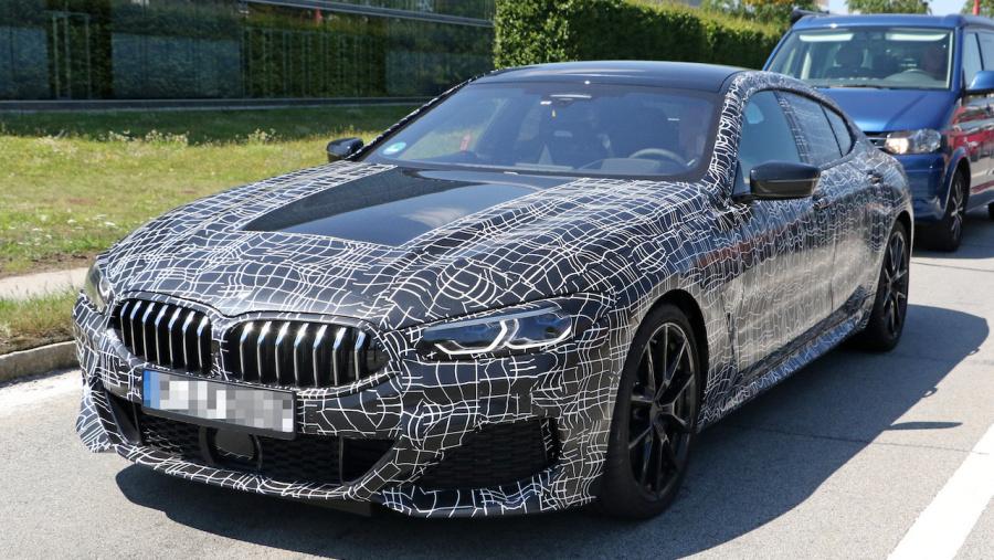 BMW・8シリーズに4ドア版「グラ...