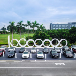 【新車】ニッサンブランドとして初のEVが中国に上陸。2019年度までに新型EV・5モデルを投入へ - Dongfeng Nissan Sylphy Zero Emission production begins - Photo 11-1200x772