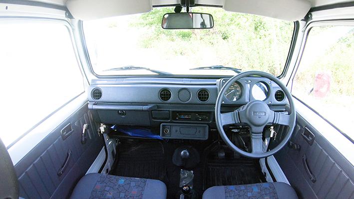 「新車のジムニー・ロング、現る! インド生産の「ジプシー」は2代目ジムニーそのものだった」の2枚目の画像