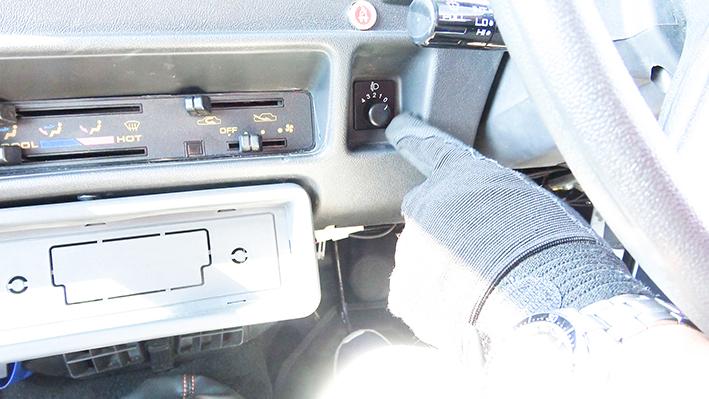 「新車のジムニー・ロング、現る! インド生産の「ジプシー」は2代目ジムニーそのものだった」の5枚目の画像