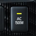 台風や地震の停電時、アウトランダーPHEV1台で1200台の携帯端末充電が可能! - 9083c