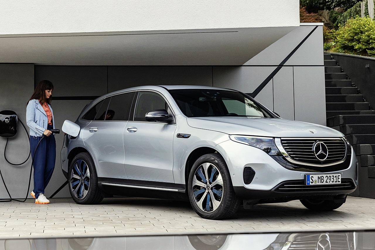「ついに新型EV「EQC」がメルセデス・ベンツから登場!2019年上半期から生産へ」の2枚目の画像