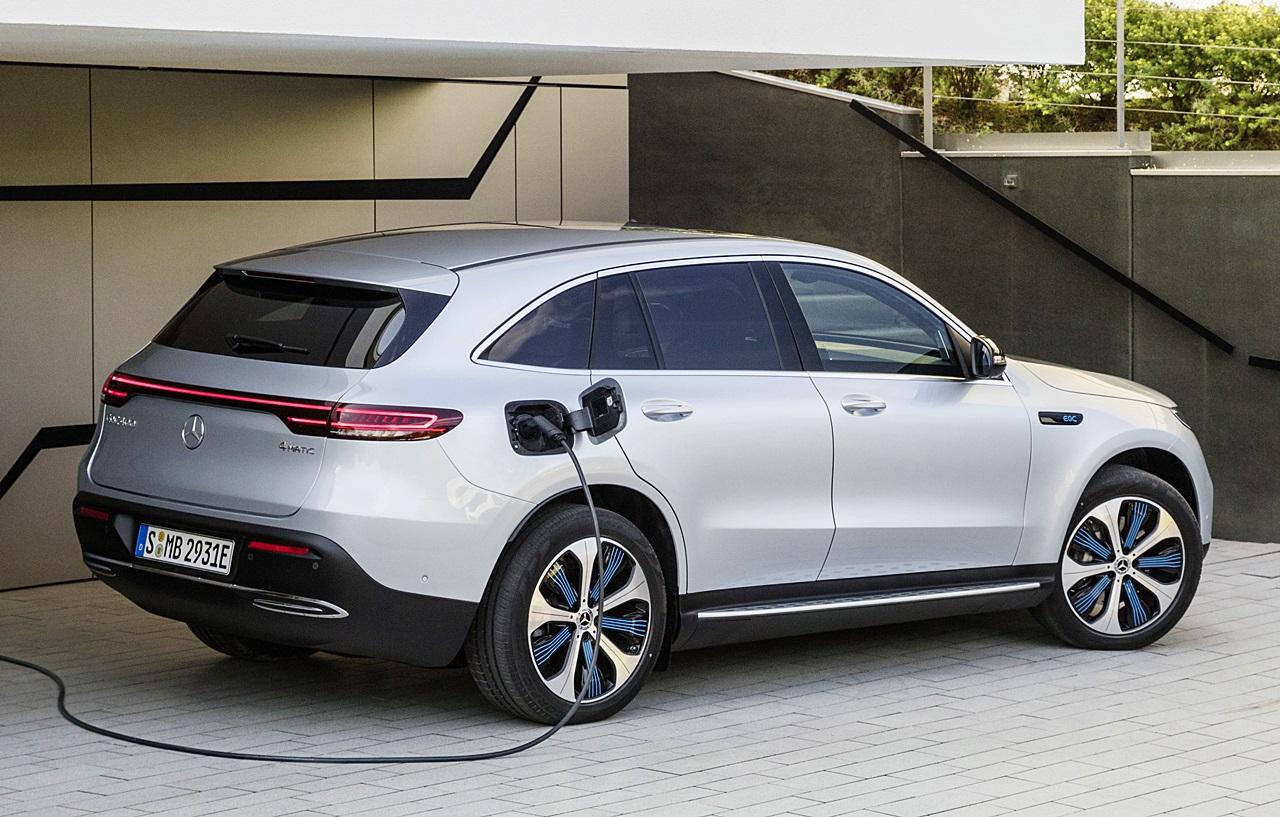 「ついに新型EV「EQC」がメルセデス・ベンツから登場!2019年上半期から生産へ」の3枚目の画像