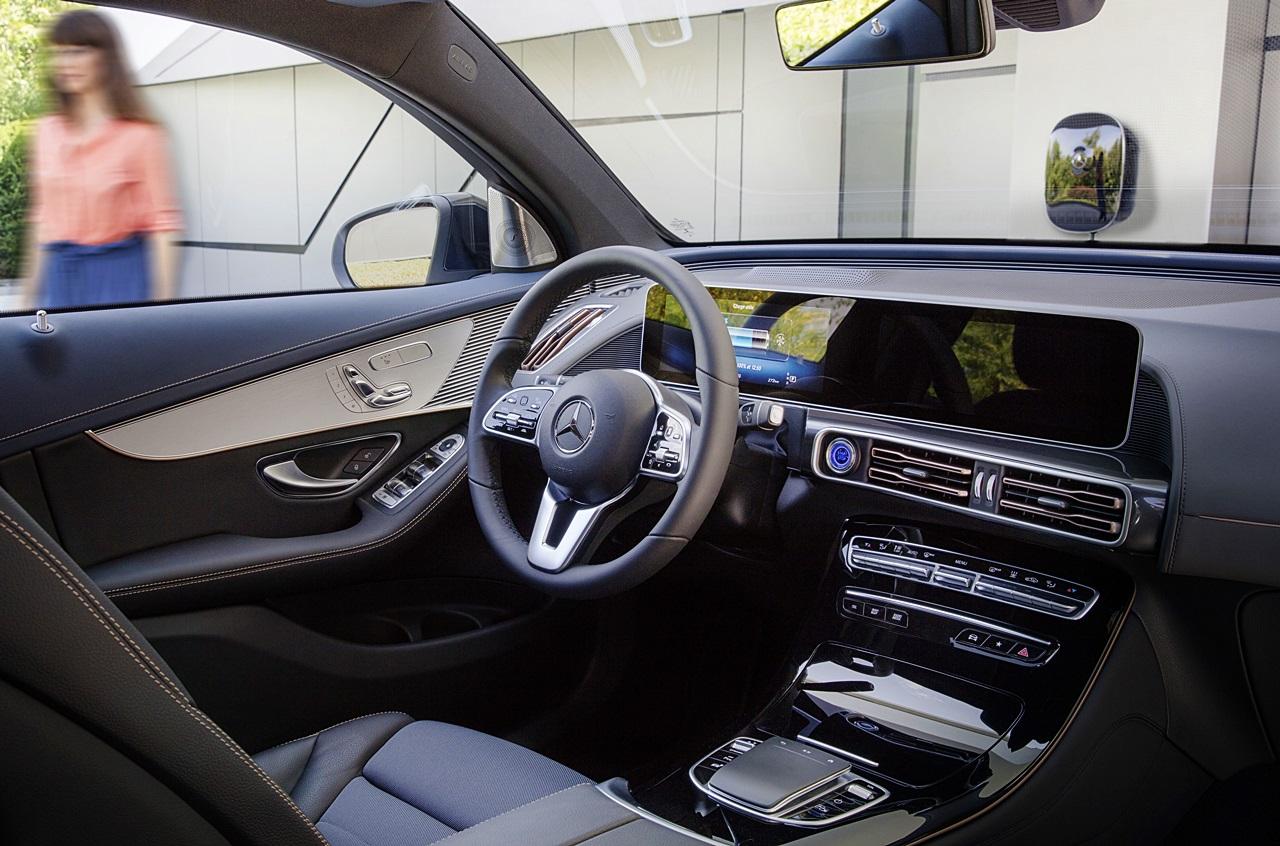 「ついに新型EV「EQC」がメルセデス・ベンツから登場!2019年上半期から生産へ」の5枚目の画像