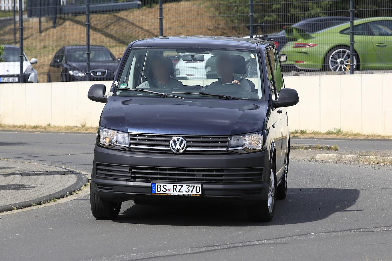 「VWの次世代商用バン「T7」、初のGTEハイブリッドをスクープ!」の1枚目の画像