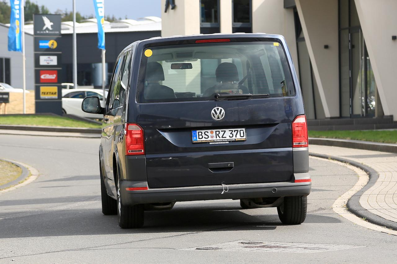 「VWの次世代商用バン「T7」、初のGTEハイブリッドをスクープ!」の14枚目の画像