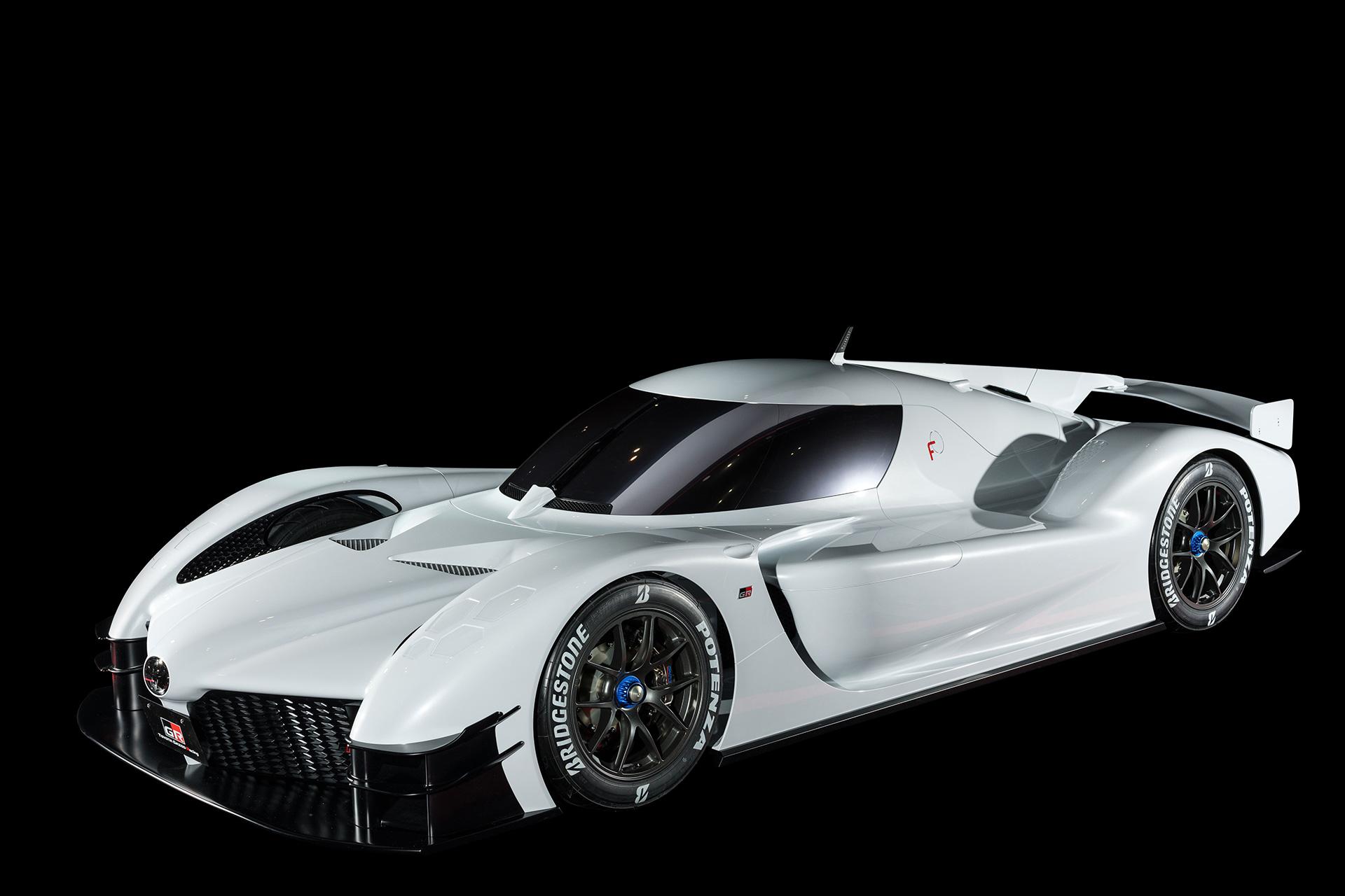「1億円オーバーの国産車対決。スペシャルなGT-RとトヨタのGRスーパースポーツを比べてみたら……」の6枚目の画像