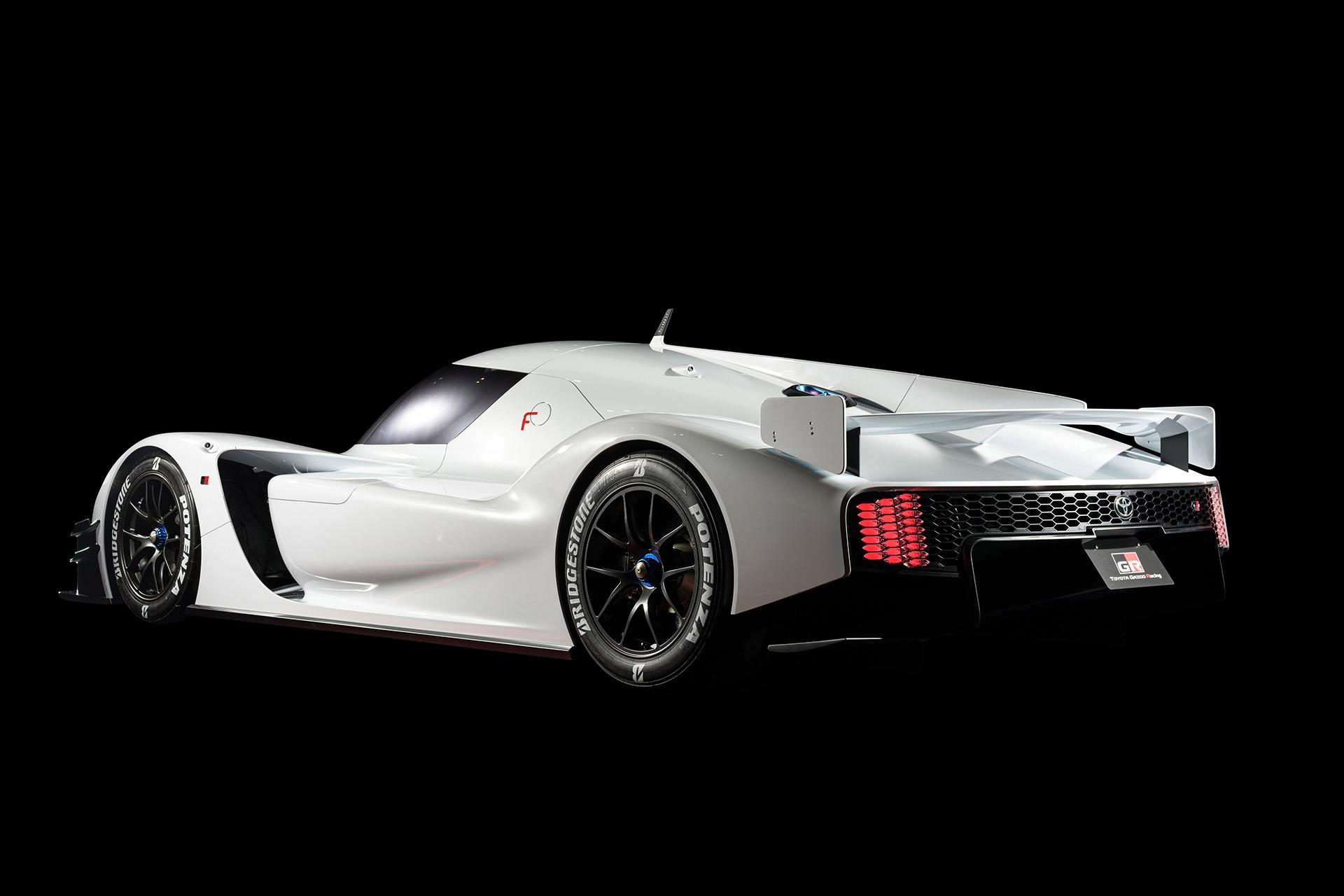 「1億円オーバーの国産車対決。スペシャルなGT-RとトヨタのGRスーパースポーツを比べてみたら……」の11枚目の画像