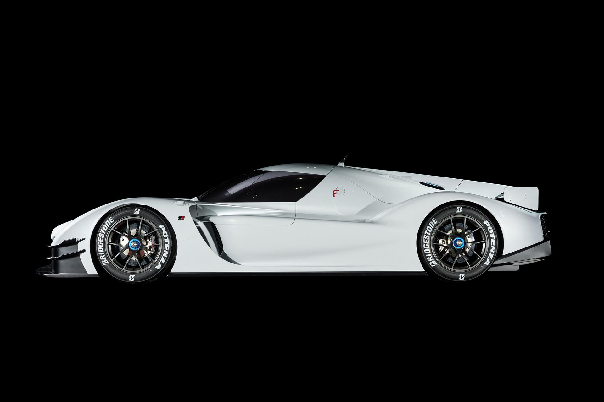 「1億円オーバーの国産車対決。スペシャルなGT-RとトヨタのGRスーパースポーツを比べてみたら……」の8枚目の画像