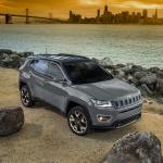 【新車】ジープ・コンパスに最上級グレードベースの限定車「ブラックルーフ・エディション」を設定 - 2018 Jeep® Compass Limited