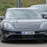 ポルシェ初のEV「タイカン」の開発が急ピッチで進む。市販型パーツを装着したプロトタイプをキャッチ! - Porsche Taycan 2