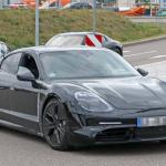 ポルシェ初のEV「タイカン」の開発が急ピッチで進む。市販型パーツを装着したプロトタイプをキャッチ! - Porsche Taycan 6