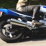 抜けたリアサスはバイクもライダーもダメにする! 社外ハイスペックサスへ交換【5万円SR】 -