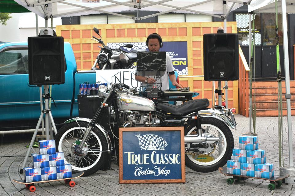 「NEUTRALは雨の中でも大盛況にて終了!新世代バイクイベントはこうじゃなくちゃ」の3枚目の画像