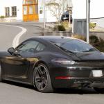 ポルシェ・718ケイマンに軽量モデル「T」が初設定へ! 開発車両をキャッチ - Porsche Cayman T 8