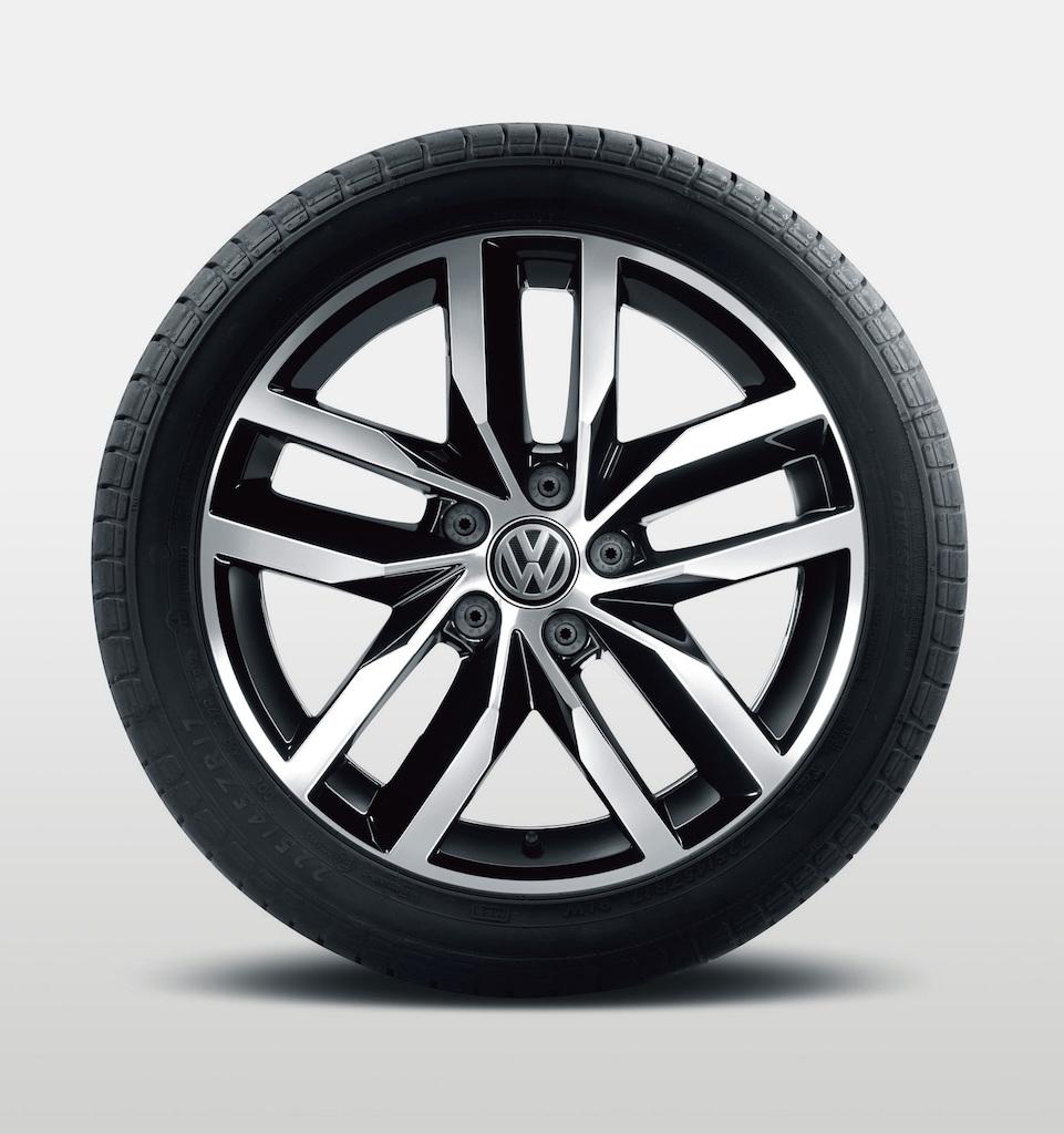 「【新車】ゴルフ・ヴァリアントに人気オプションを満載した特別仕様車「テックシリーズ」が登場」の28枚目の画像